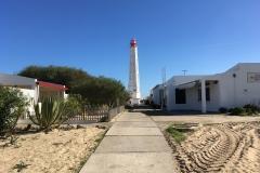 Ostrov Ilha do Farol je na rozdíl od svého souseda celý zastavěný